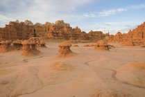 Penhascos de rocha erodidos — Fotografia de Stock
