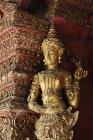 Statue In Wat Phra Singh Temple — Stock Photo