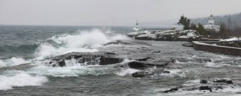 Große Wellen am Ufer — Stockfoto