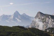 Горная вершина на открытом воздухе — стоковое фото