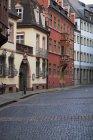 Edifícios pintados coloridos — Fotografia de Stock