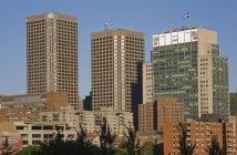 Будівлю в центрі міста — стокове фото