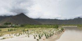 Landscape of mountain range — Stock Photo