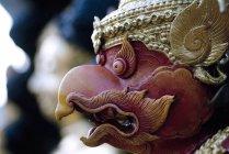 Thailand, Bangkok, Wat Traimit, Home Of World's Largest Golden Buddha, Close-Up Of A Garuda Sculpture. — Stock Photo