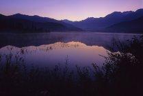 Lever du soleil brille violet — Photo de stock