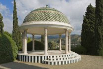 Gazebo In Mlaga with hills on background — Stock Photo