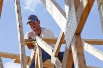 Торговець роботи по будівництву — стокове фото