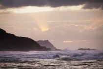 Coucher de soleil sur la côte de Donegal ; Comté de Donegal, Irlande — Photo de stock