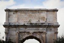 Арка Тіта; Рим, Італія — стокове фото