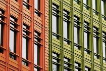 Красочные фасады зданий — стоковое фото
