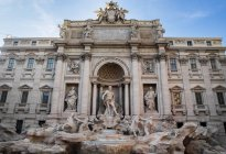 Trevi Fountain during daytime — Stock Photo