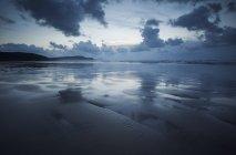 Riflessione su Tra Mor Beach — Foto stock