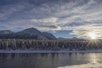 Takhini River in tardo pomeriggio d'inverno — Foto stock