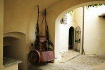 Cavalo desenhado Carriage Hanging — Fotografia de Stock