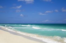 Mar das Caraíbas com água turquesa — Fotografia de Stock