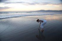 Woman On The Beach. Puerto Vallarta, Mexico — Stock Photo