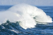 Wellen über dem Meer — Stockfoto