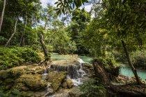 Водопады Куанг Си; Луанг Прабанг, Лаос — стоковое фото
