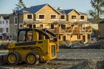 Construction d'une nouvelle maison dans un quartier, Langley, Colombie-Britannique, Canada — Photo de stock