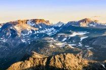 Vista desde la carretera Beartooth; Cody, Wyoming, Estados Unidos - foto de stock