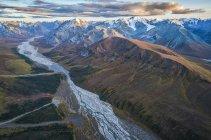 Vista aerea dei ghiacciai e montagne del Parco nazionale di Kluane e riserva, nei pressi di Haines Junction, Yukon, Canada — Foto stock