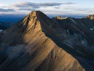 Les montagnes du parc National Kluane et réserve d'un point de vue aérienne; Haines Junction, Yukon, Canada — Photo de stock
