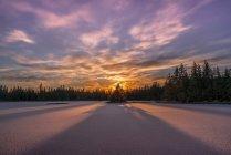 Vue panoramique du magnifique paysage du lac Mendenhall ; Juneau, Alaska, États-Unis d'Amérique — Photo de stock
