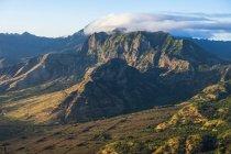 Aerial image of the lush mountains surrounding Oahu; Oahu, Hawaii, United States of America — Stock Photo