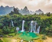 Водопад Бан-Джок, водопад Бан-Джок-Детян; Вьетнам — стоковое фото
