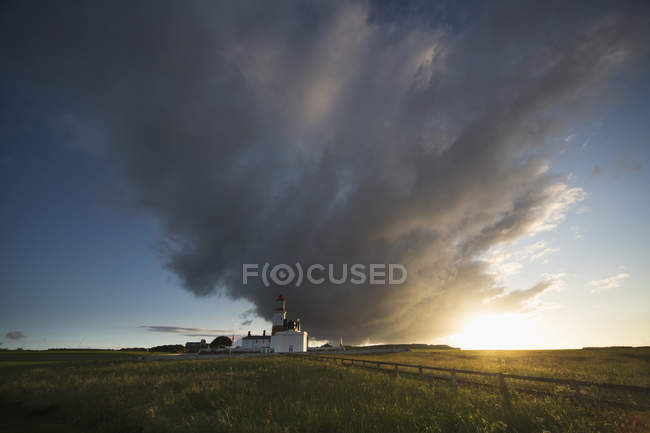 Souter lighthouse with  cloud — Stock Photo