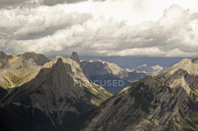Vista aérea de montanhas — Fotografia de Stock
