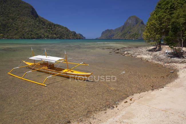 Barche tradizionali in legno — Foto stock