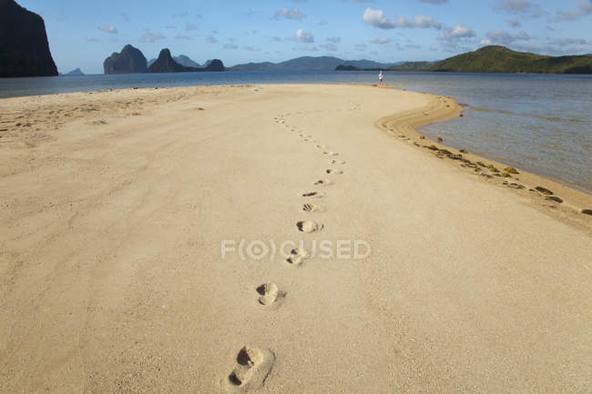 Footprints On  Sand Island — Stock Photo