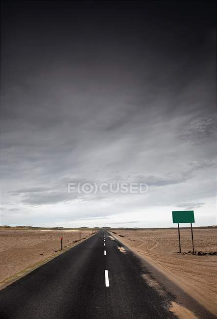 EMPTY HIGHWAY CARRETERA - foto de stock