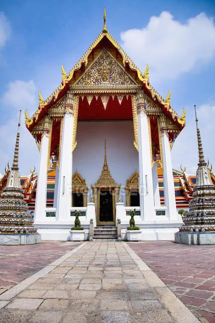 Temple Of Reclining Buddha — Stock Photo
