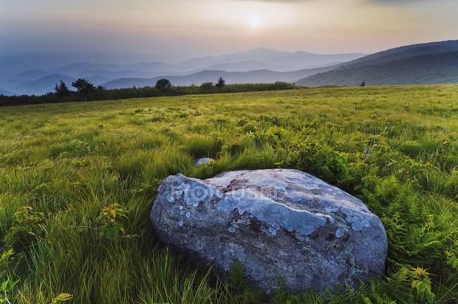 Montanhas de cume visto da trilha dos Apalaches — Fotografia de Stock