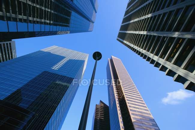 Vista de edifícios no centro de — Fotografia de Stock