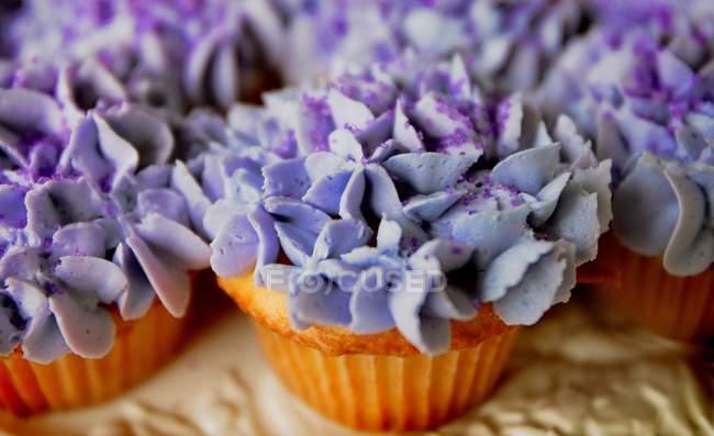 Cupcakes über Tisch — Stockfoto