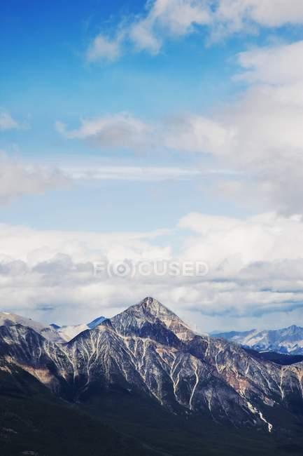 Mountain Peaks with Snow — Stock Photo