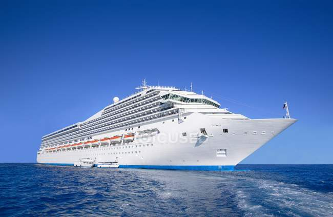 Cruise Ship; Caribbean — Stock Photo