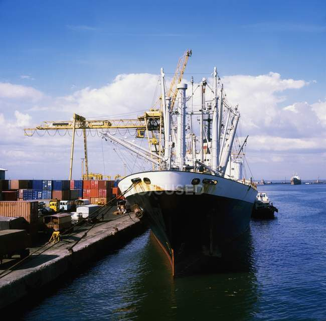 Cargo Ship At Port — Stock Photo