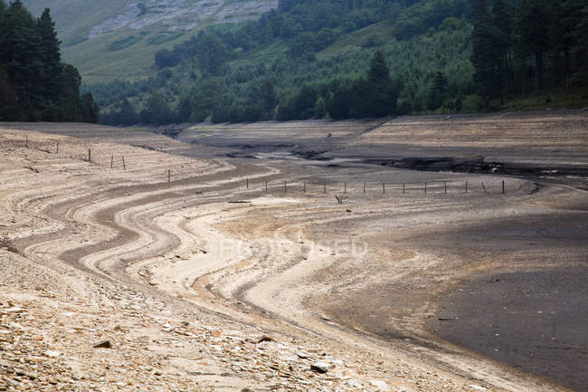 Dry reservoir during drought — Stock Photo