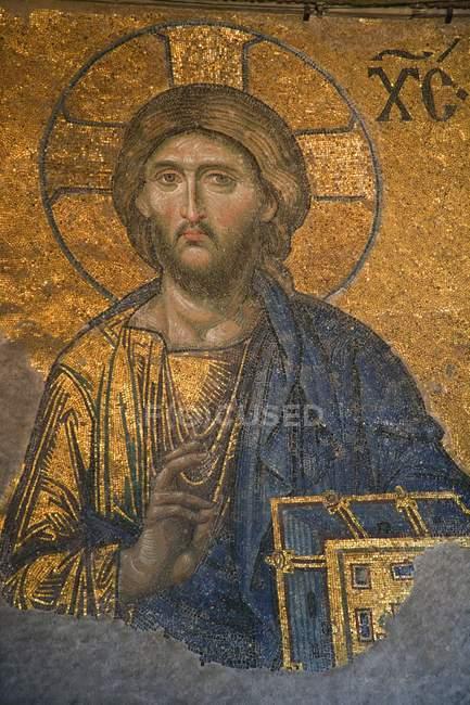 Релігійні мозаїки в церкві, — стокове фото
