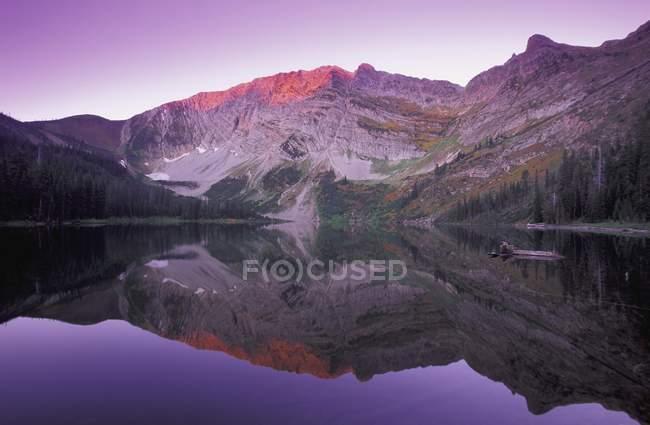 Berg bei Sonnenuntergang, Kootenays — Stockfoto