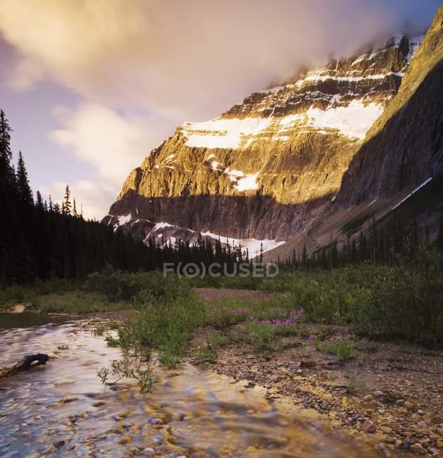 Vista panoramica del paesaggio alpino — Foto stock