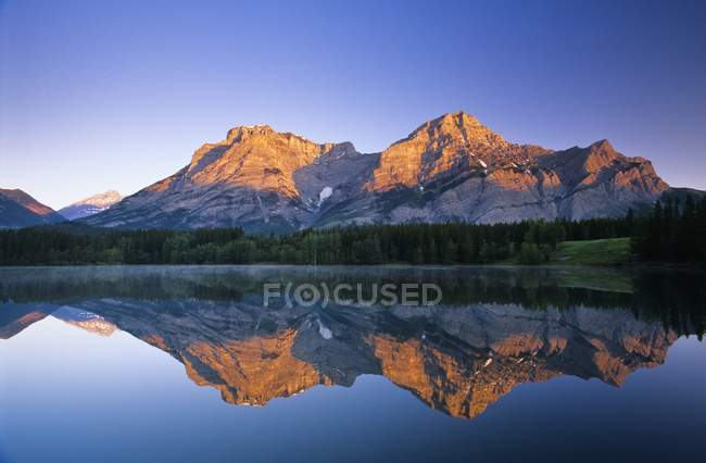 Mount Kidd, Keil Teich Kananaskis Country — Stockfoto