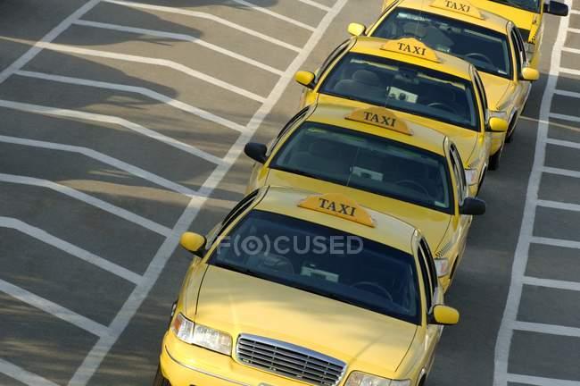 Строка такси — стоковое фото