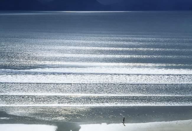 Blick auf Wellen an Land — Stockfoto