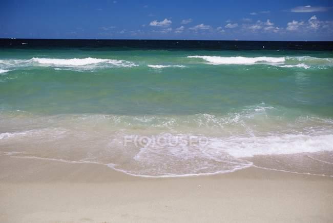 Praia e Oceano Atlântico — Fotografia de Stock