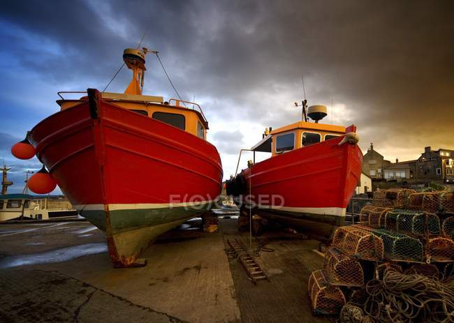 Fishing Boats Out Of Water — Stock Photo
